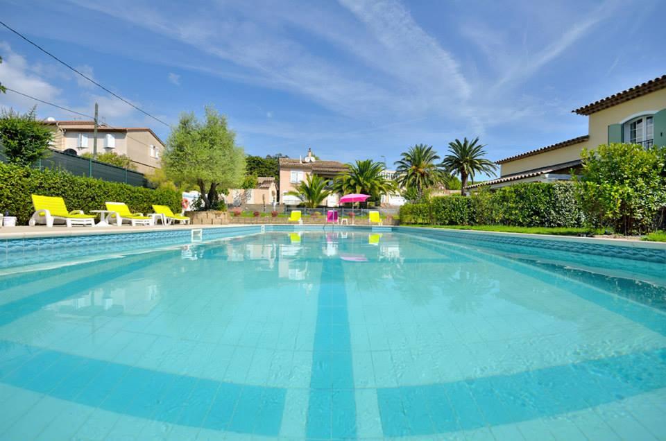 Villa les 4 saisons piscina fantastica saint tropez hotel lusso vacanze